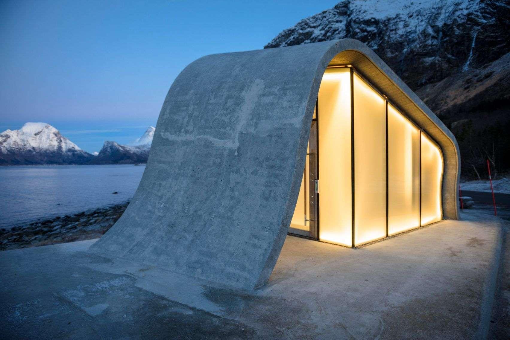 ureddplassen-norwegian-scenic-route-haugen-zohar-architecture-public-leisure_dezeen_2364_col_6-1704x1137