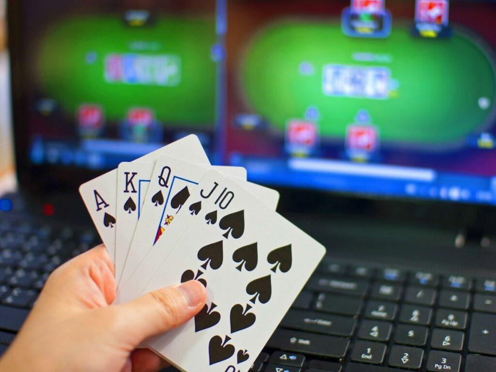 Где найти обзоры покер румов?